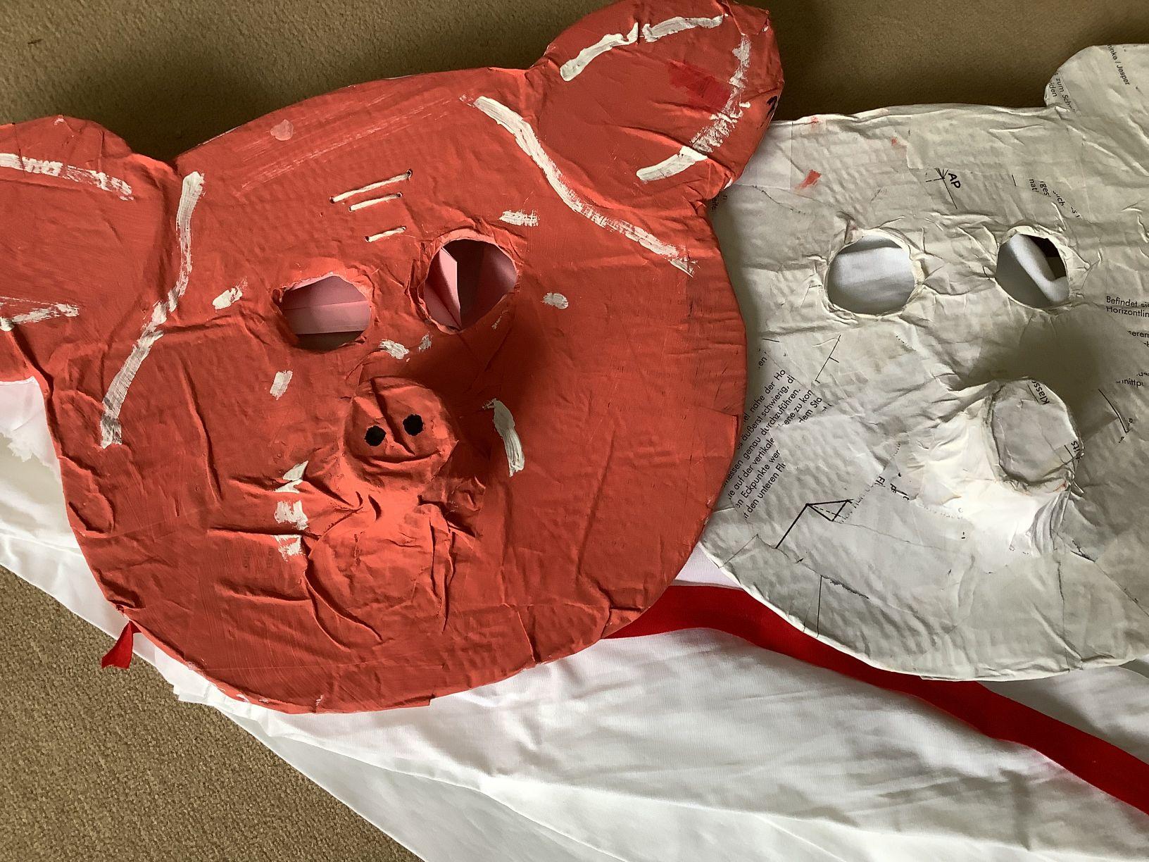Masken für die Schweine der Circe